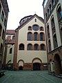 Eingang Krypta Herz Jesu Kirche.jpg