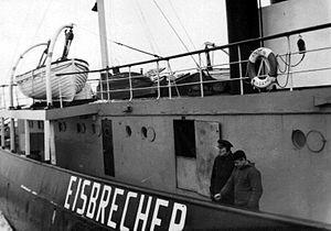 Eisbrecher vor Cuxhaven.jpg