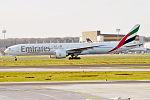 Emirates, A6-EBP, Boeing 777-31H ER (25978331183).jpg