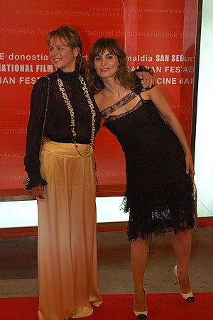 Emma Suárez - Emma Suárez (left) with Ana Risueño (2005).