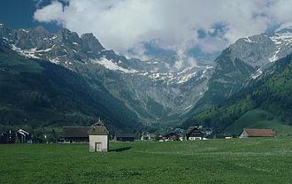 Gross Sättelistock - The Gross Sättelistock (centre left) from Engelberg