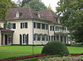 Ermatingen Wolfsberg Paquinhaus-Neues Schloss.jpg