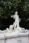 Escultura Fuente Eolo 03.jpg