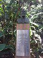 Estátua de Joaquim Eugênio de Lima por Roque de Mingo.jpg