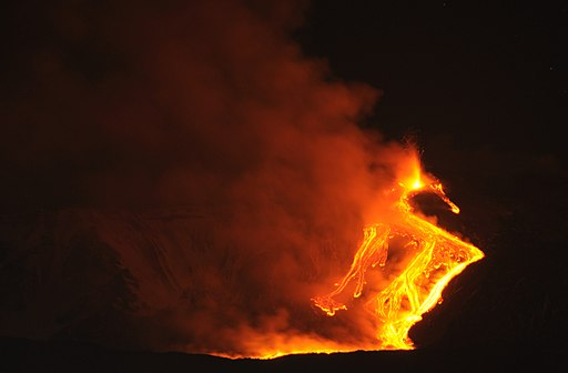Etna Volcano Paroxysmal Eruption Jan 12 2011 - Creative Commons by gnuckx (5350976334)