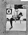 Europese schaatskampioenschappen te Gotenburg, Kees Verkerk maakt zijn schaatsen, Bestanddeelnr 917-3915.jpg