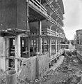 Exterieur gebouw tijdens restauratie (zonder glazen wanden en gevels) - Heerlen - 20001057 - RCE.jpg