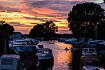 Fading Light on the Water (31989017626).jpg
