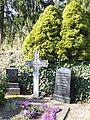 Familiengrab des Bürgermeisters von 1889-1906 Adolf Böttner - Friedhof Grebendorf - Meinhard-Grebendorf Jestädter Str. - panoramio.jpg