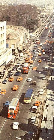 خیابان فردوسی ویکی پدیا، دانشنامهٔ آزاد