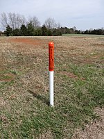 Fiber optic cable marker; Nokesville, VA; 2014-04-13.jpg