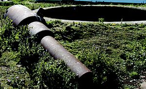 RML 7 inch gun - Remains of a 7-ton Mk III gun on Flat Holm island, UK