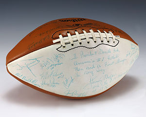 1976 Pittsburgh Panthers football team - A football signed by the 1976 Pittsburgh Panthers football team, including Tony Dorsett and head coach Johnny Majors.