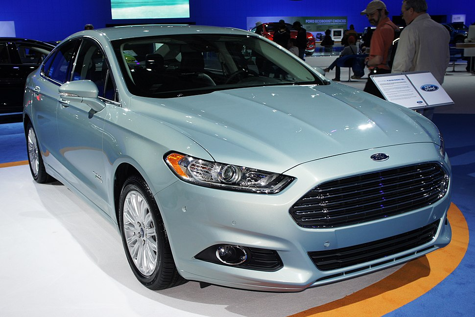 Ford Fusion Energi SEL WAS 2012 0573
