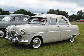 Ford Zephyr 6 2262cc 8 apr 1954.JPG