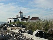 Fort Lawton West Point Lighthouse 03.jpg