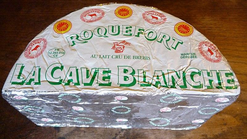 File:Fourme roquefort La Cave Blanche.JPG