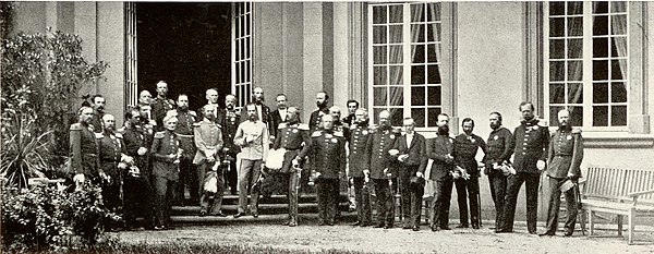 The monarchs of the member states of the German Confederation meet at Frankfurt in 1863 Frankfurter Furstentag 1863 Abschlussphoto.jpg