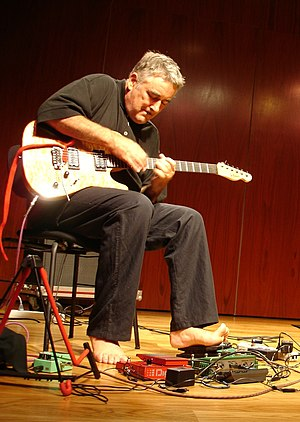 Fred Frith - Fred Frith performing in Lisbon in August 2006.