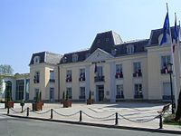 Gagny Hotel de Ville.jpg