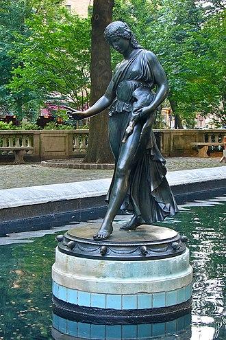 Paul Manship - Image: Girl w duck Rittenhs Sq