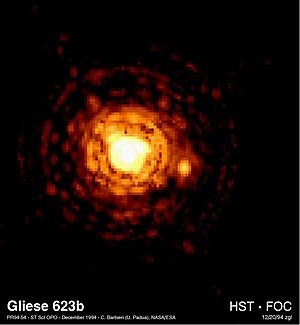 Red dwarf - Gliese 623 is a pair of red dwarfs, with GJ 623a on the left and the fainter GJ 623b to the right of center.