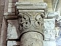 Gournay-en-Bray (76), collégiale St-Hildevert, bas-côté nord, chapiteau de l'arcade vers le transept, côté sud 1.jpg