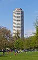 Grünanlage Theodor-Heuss-Ring Köln mit Ringturm-8182.jpg