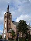 foto van Neo-gotische, driebeukige kruiskerk uit baksteen