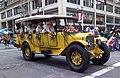 Grand Floral Parade 2008 - vintage car.jpg
