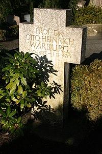Grave Otto Heinrich Warburg St-Annen-Kirchhof Dahlem.jpg