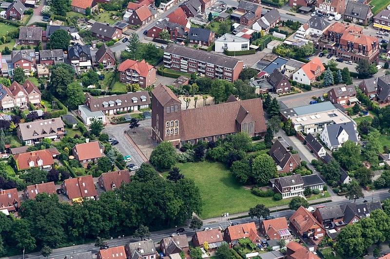 File:Greven, St.-Josef-Kirche -- 2014 -- 9860.jpg