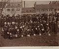 Groupe des officiers du Contingent Canadien (HS85-10-10909).jpg