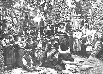 Las Hurdes - Group of Hurdanos at the beginning of the 20th century
