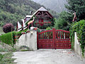 Guchen, Chalet route de la Vallée d' Aure..jpg