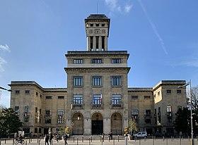 Entassés dans un squat à Montreuil, des sans-papiers démunis face au Covid-19