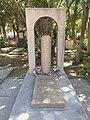 Halmammedov-grave-smaller.jpg