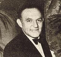 Harry Cohn Oscar 1938 cropped.jpg