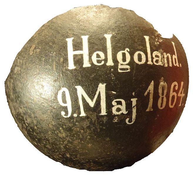 File:Helgoland kanonkugle.jpg