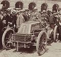 Henri Fournier au départ du Paris-Vienne 1902 (Mors).jpg