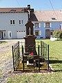 Henridorff (Moselle) croix de chemin 1947.jpg