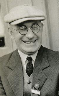 Henry Granger Knight (1878-1942) (cropped).jpg