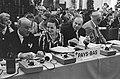 Honderd jaar Rode Kruis. Prinses Margriet lid dagelijks bestuur tijdens vergader, Bestanddeelnr 920-6832.jpg
