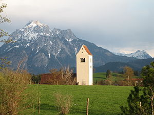 Gable roof - A form of gable roof (Käsbissendach) on the tower of the church in Hopfen am See, Bavaria