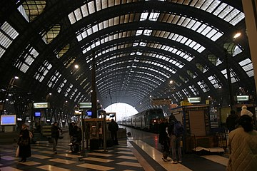 IMG 3030 Binari Stazione centrale di Milano - Foto Giovanni Dall'Orto 1-1-2007.jpg