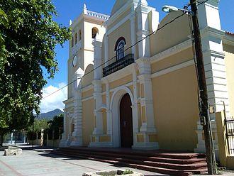 Azua, Dominican Republic - Image: Iglesia de Azua RD
