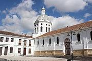 Iglesia de San Sebastián en la ciudad de Cuenca, Ecuador