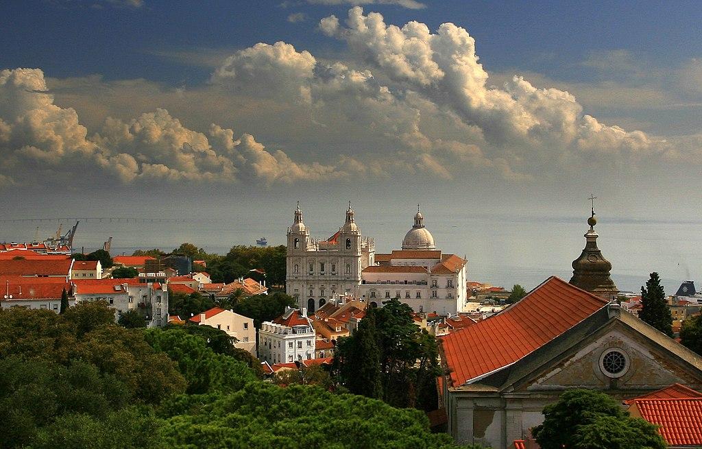 > Eglise de São Vicente da Fora dans l'Alfama à Lisbonne - Photo de Joaomartinho63
