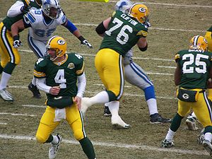 2007 Detroit Lions season - The Lions defensive line battles Green Bay, week 17