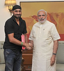 Indian cricketer, Shri Harbhajan Singh calls on the Prime Minister, Shri Narendra Modi, in New Delhi on October 10, 2015.jpg